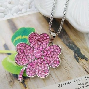 Betsey Johnson Pink Clover Pendant Necklace Hot!!